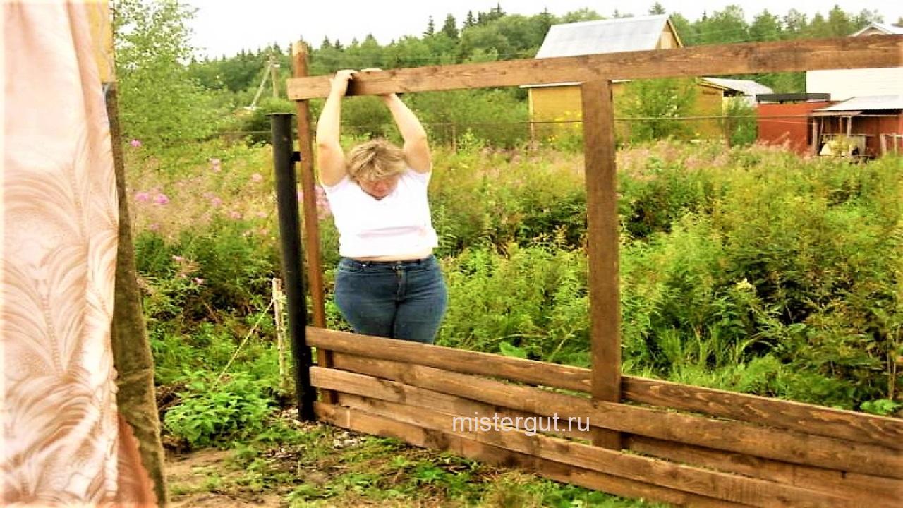 Забор - плетёнка. Монтаж.